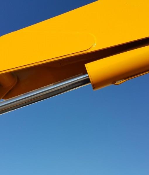 grua-articulada-tipo-hiab-imt-9800-7-ton-precio-neto-604611-mlm20587310621_022016-f