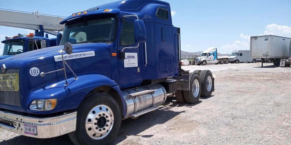 tractocamion-international-9400-100-mexicano-precio-neto-D_NQ_NP_631193-MLM31182254912_062019-F